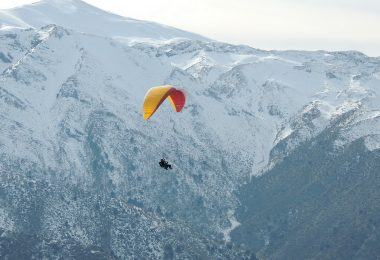 paragliding-holidays-banner